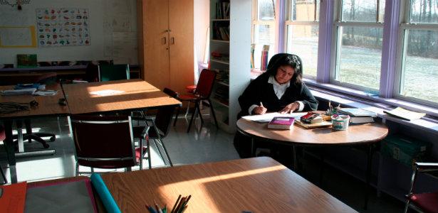 615_Teacher_Reuters2.jpg