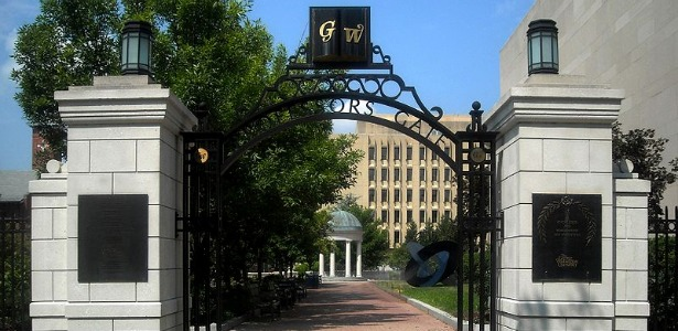 800px-Professor's_Gate_-_GWU.JPG