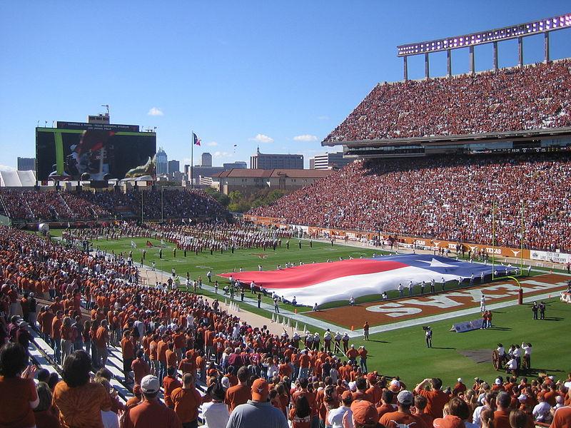 Memorial_Stadium_Pregame.JPG
