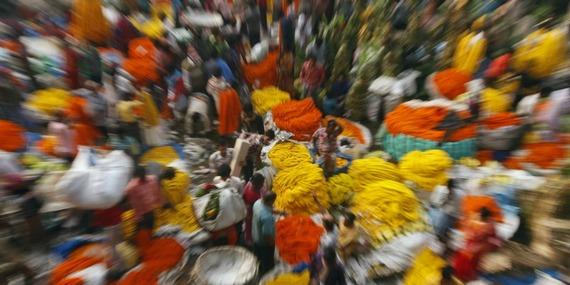 800 india market throbbing.jpg