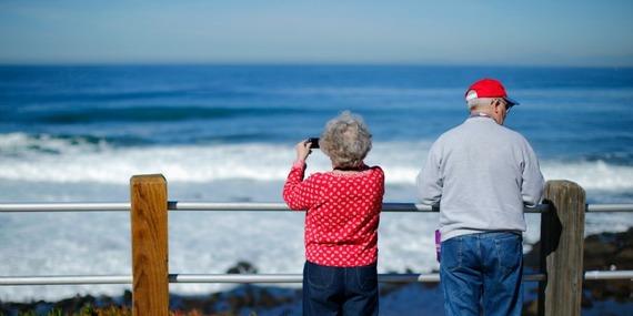 800 elderly retired vacation ocean picture.jpg