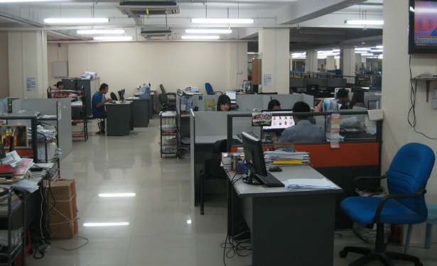 7 Day Weekly Newsroom.JPG
