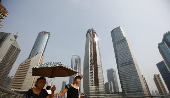 Shanghai skyline banner 2349083490234890234908234.jpg