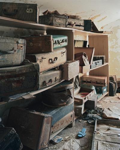 Bolivar_Suitcases_CMYK_horizontal.jpg