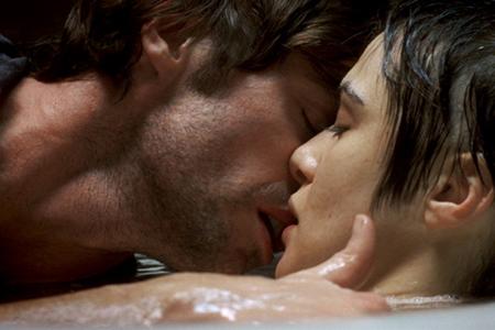 Fountain KISS_post.jpg