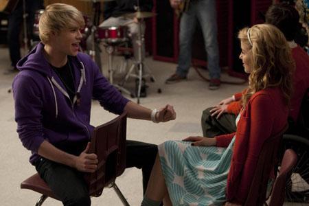 Glee_Comeback_post.jpg