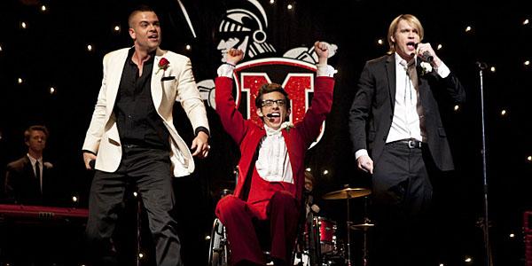 Glee_Prom Queen_post.jpg