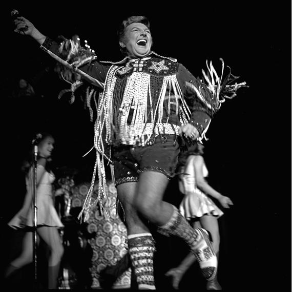 Liberace in Lederhosen Hotpants at Caesars Place, Las Vegas 1971.jpg