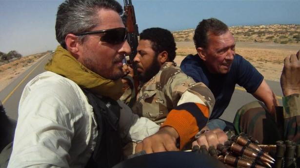 Under Fire - Finbarr O'Reilly in Libya 615.jpg