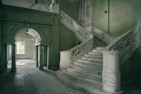 Yankton_Stair_CMYK_horizontal.jpg
