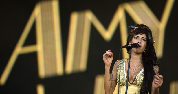 amy winehouse performing lioness 615 apimages.jpg