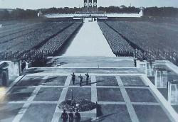arch_zeppelin_1934putschisten 250 hunger games.jpg