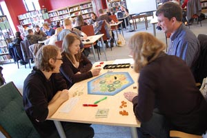 catan_players_Bergen Offentlige Bibliotek_post.jpg