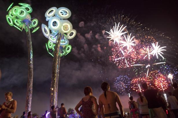 electric daisy carnival 615 apimages.jpg