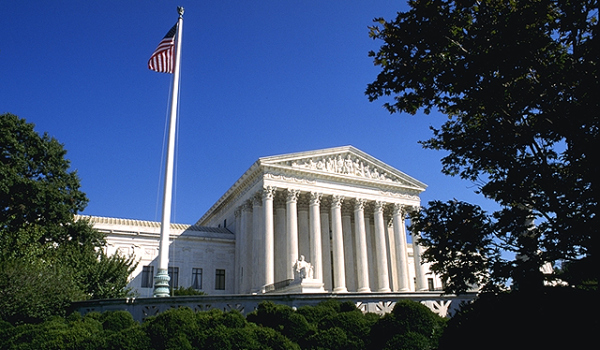 Supreme_Court wikimedia.jpg