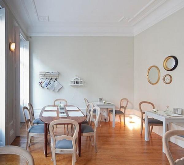 640_aia-chairs-600x540.jpg