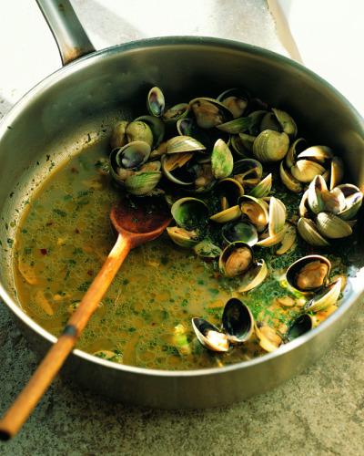 Schneider_shellfish_stew_cut.jpg