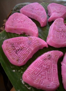 ben kway ie pink rice cakes_sized.jpg