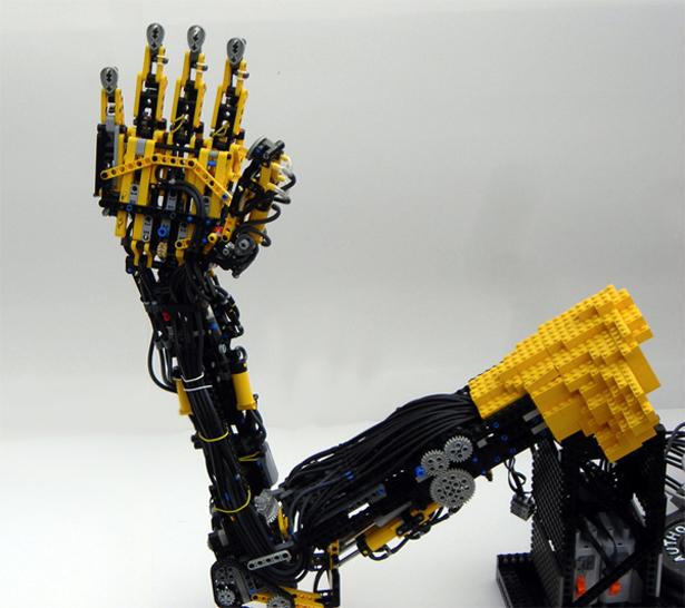 LegoARMPOST.jpg