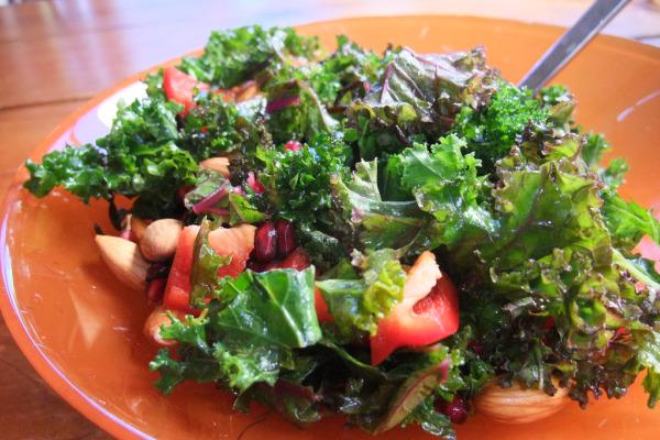 kale salad_04.jpg