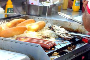 kummer may12 grill postshort.jpg