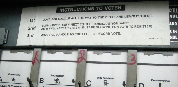voting booth instruction 615.jpg