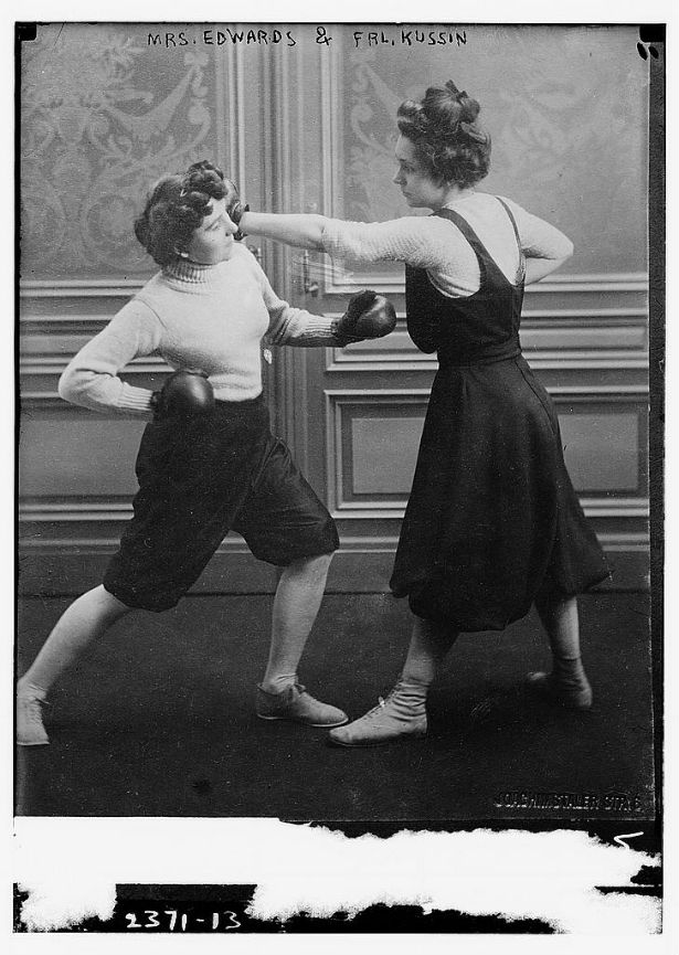 womenboxing.jpg