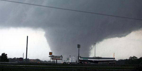 Vox_Tornado_4-28_banner.jpg