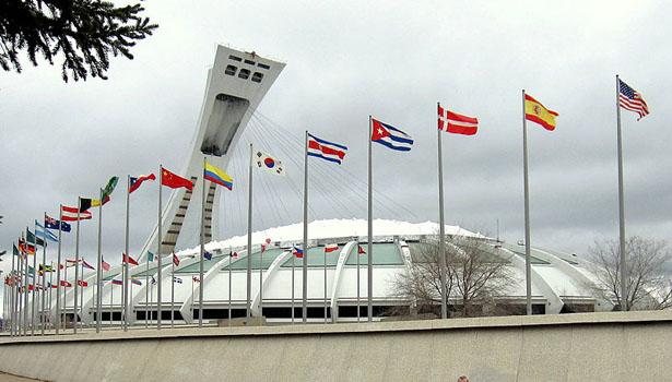 800px-Olympic_Stadium_(Montreal).jpg