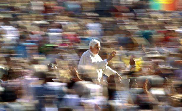 Pope banner234.jpg