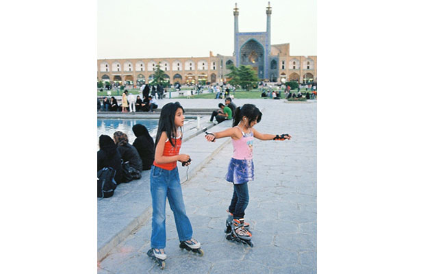 Rollerbladers--EsfahanB.jpg