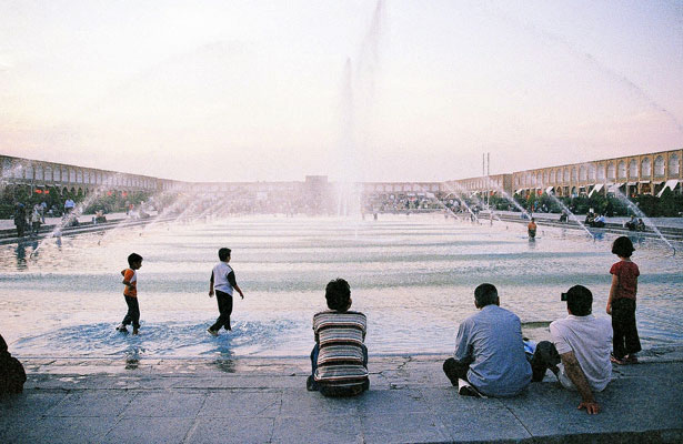 Square--Esfahan-11.jpg