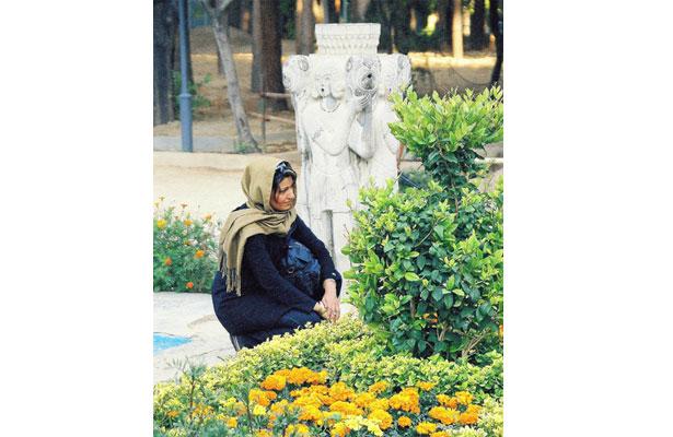 Woman-in-GardenB.jpg
