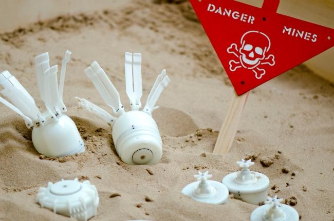 landmines1-banner.jpg