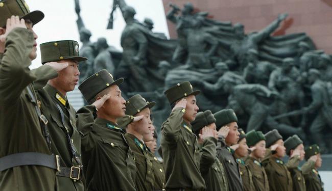 north korean soldiers banner 39408.jpg