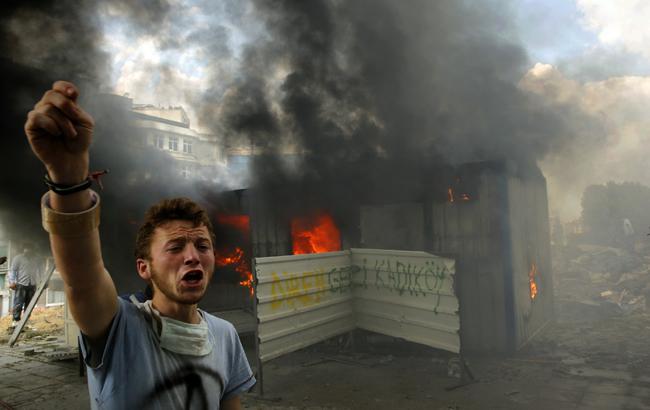 turkey protester 340280932.jpg