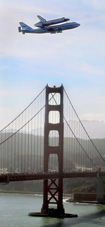 Endeavor Golden Gate Fly-By.jpg