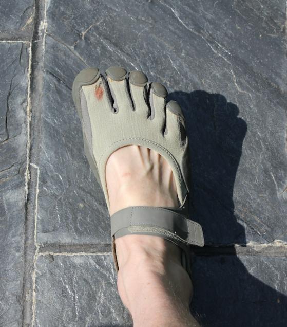 FingerShoes.png