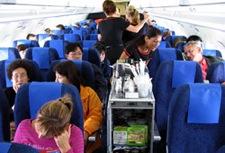 crowded-airplane-cabin.jpg