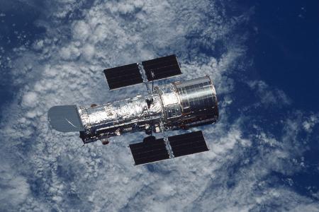 Hubble_Space_Telescope.jpg