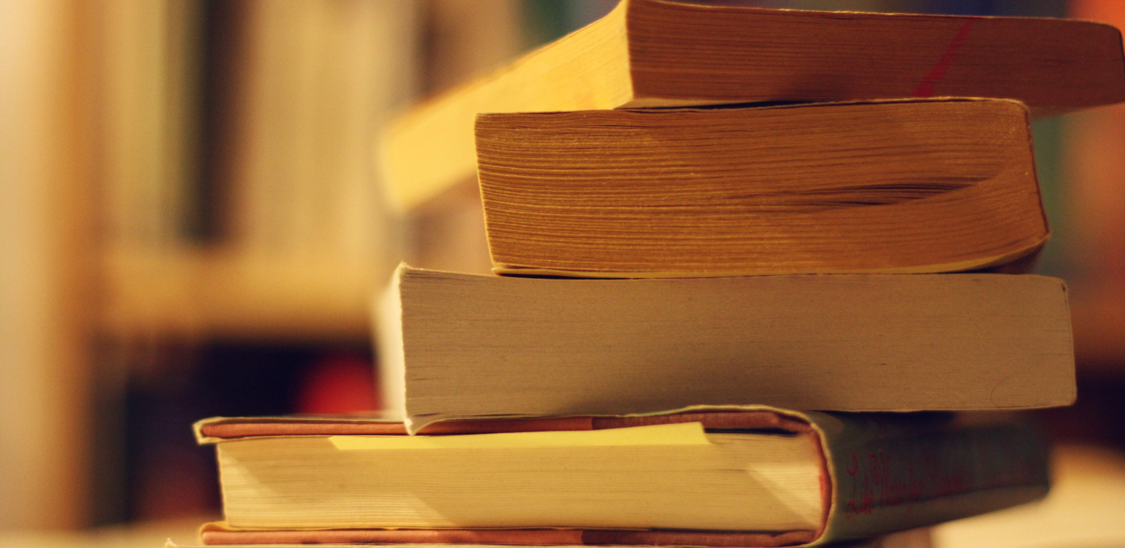 booksbnr.jpg