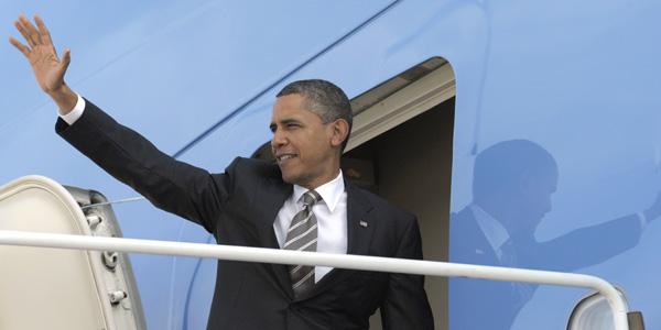 Obama waving in NV - AP Photo:Susan Walsh - banner.jpg