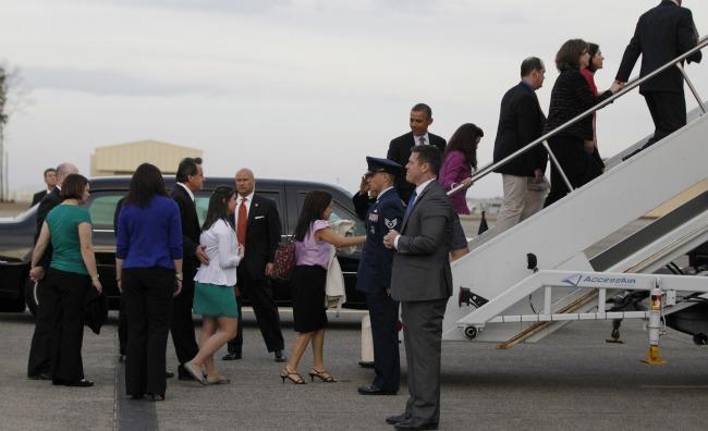 ObamaSHfamilies.banner.reuters.jpg.jpg