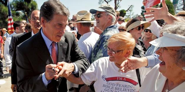 Perry in FL - Chris Carlson AP - banner.jpg
