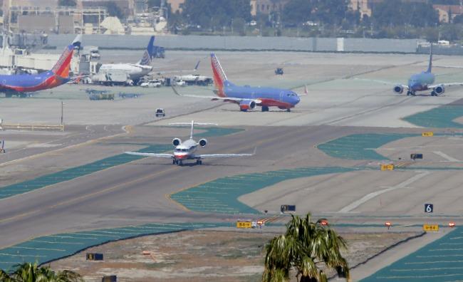 airstrip.banner.reuters.jpg.jpg