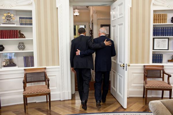Obama Biden buddy pic.jpg