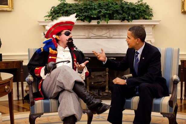 president-barack-obama-meets-with-speechwriter-cody-keenan-who-dressed-as-a-pirate-for-an-oval-office-photo-taken-for-use-in-the-presidents-humorous-speech-to-the-white-house-correspondents-association-dinner-may-9-2009.jpg