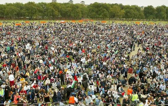 anti iraq war protest full.jpg