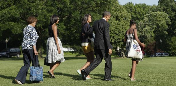 obamafamily.banner.reuters.jpg