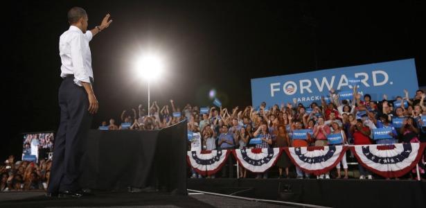 obamaforward.banner.reuters.jpg
